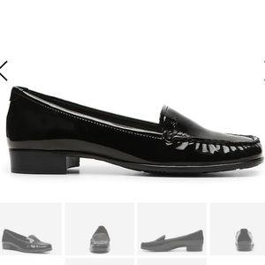 Anne Klein Vama iflex patent loafer